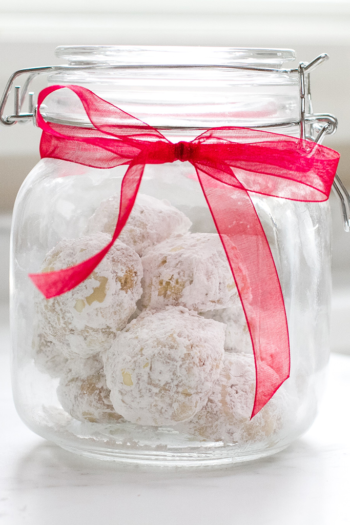 gluten_free_walnut_snowball_cookies