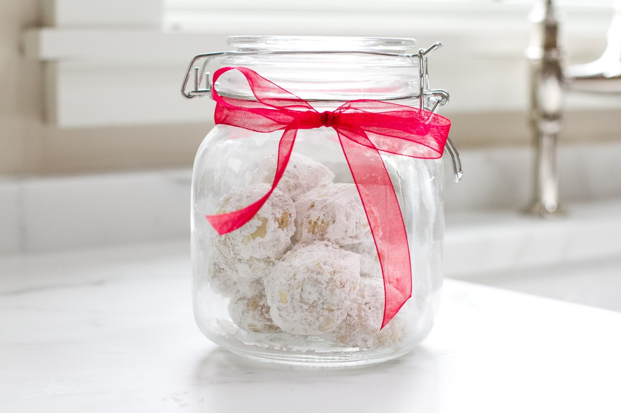 thumbnail_gf_walnut_snowball_cookies2-6